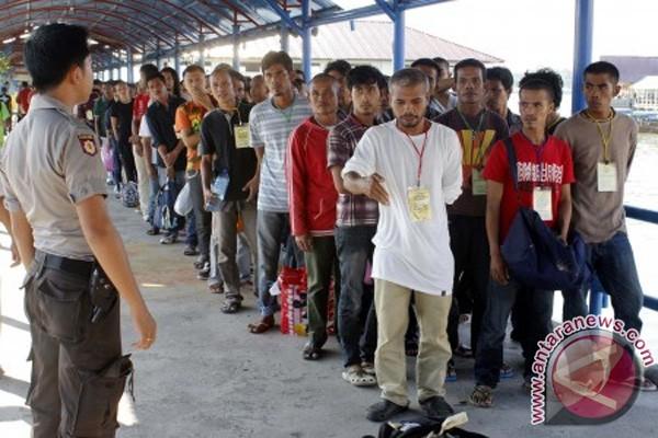 Melihat Malaysia dari Kaca Mata Asing