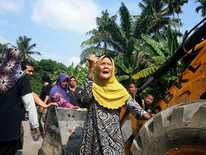 Siapa Bilang Gadis Melayu Tak Melawan?